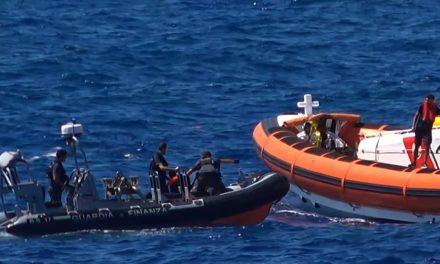les gardes côtes portent secours à 200 migrants le jour de Noël