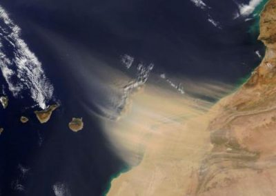Réouverture des aéroports aux Canaries, la tempête de sable faiblit