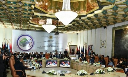 Le Maroc organise pour la première fois un sommet diplomatique au Sahara