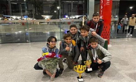 "Next Kids champion  nationale de robotique ""First Lego League"""