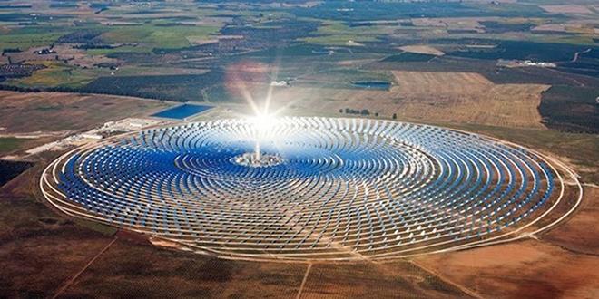 Noor 3, la plus grande tour solaire au monde qui propulse le Maroc vers le futur des énergies renouvelables