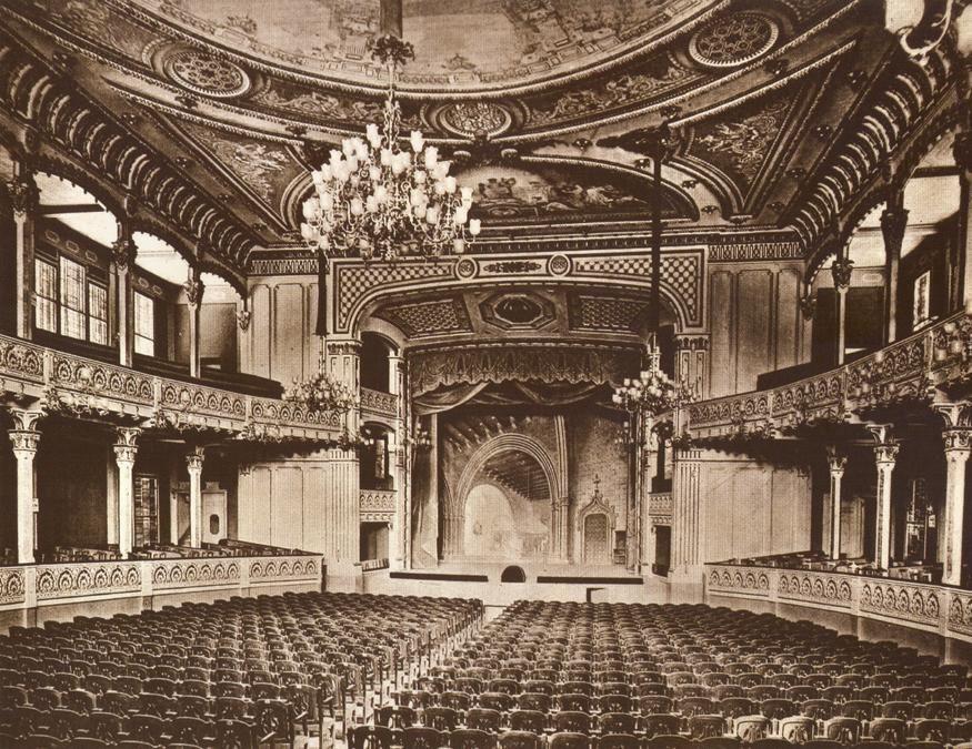 Le théâtre Cervantes est désormais marocain 3