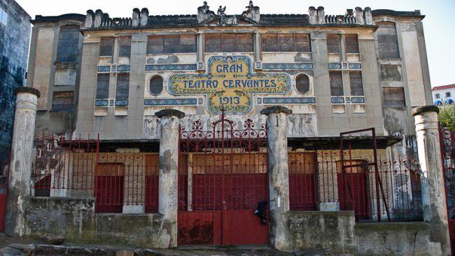 Le théâtre Cervantes est désormais marocain 1