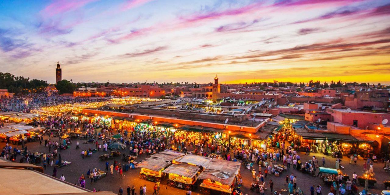 COVID-19: probable baisse au Maroc de 39% des touristes, compensée par la chute des cours pétroliers