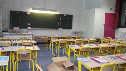 Le Maroc ferme toutes les écoles