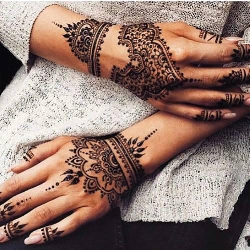 La cérémonie du henné 16