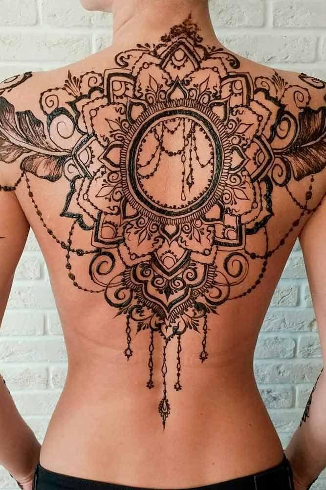 La cérémonie du henné 19