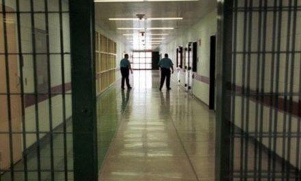 Covid-19: les tests sur les fonctionnaires et détenus de 53 établissements pénitentiaires négatifs