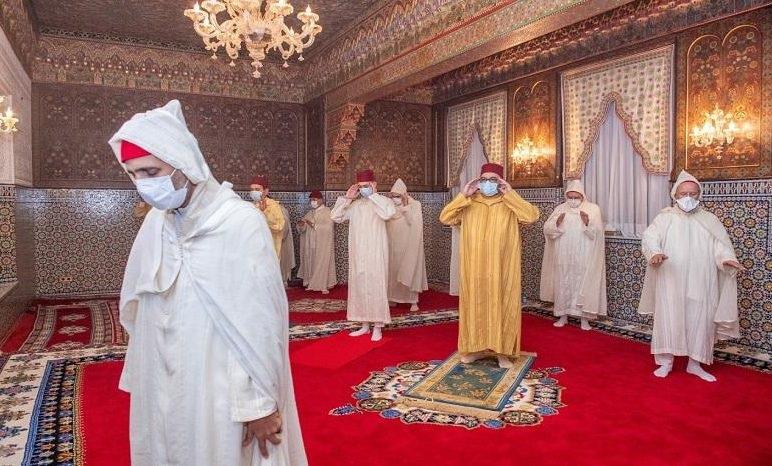 le Roi Mohammed VI, commémore Laylat Al-Qadr dans le strict respect de l'urgence sanitaire