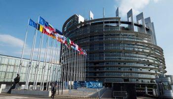 """Les eurodéputés exigent le retour rapide à un espace Schengen """"pleinement opérationnel"""""""