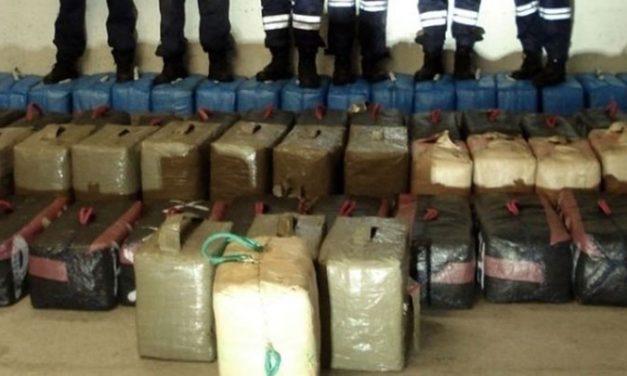 Saisie de près de 300 kg de résine de cannabis au port de Nador