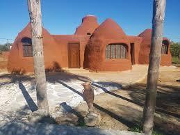 LES ÉCO-DÔMES: maisons éco-responsables au Maroc 3