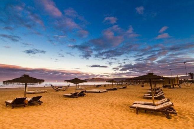 Les premiers touristes étrangers reviennent à Agadir 1