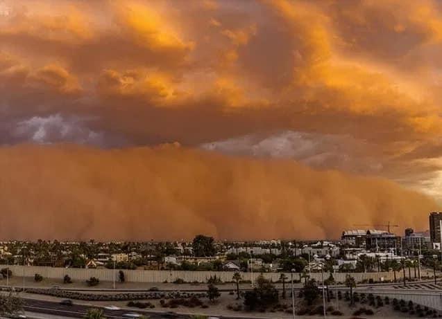 violente tempête de poussière à Casablanca 2