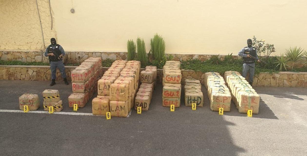 Al Hoceima: la Marine Royale avorte une opération de trafic de stupéfiants à Inouaren