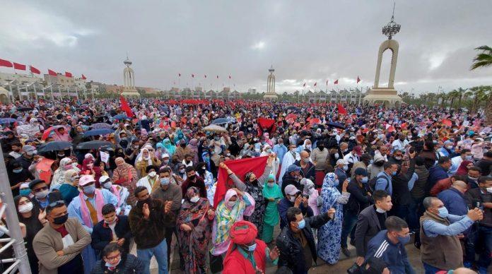 Grand rassemblement à Laâyoune en soutien à la décision américaine sur la marocanité du Sahara