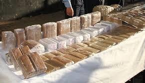 Laâyoune: Saisie de près de 2 tonnes de chira destinées au trafic international, 4 individus interpellés