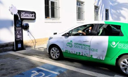1ère borne de recharge intelligente pour voitures électriques 100% marocaine