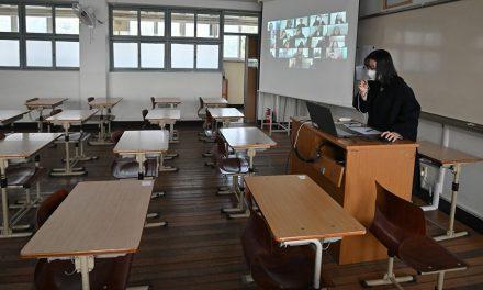 Arrêt de la diffusion des cours télévisés pendant les vacances scolaires