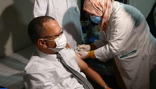 Guelmim: Début de la campagne de vaccination contre la Covid-19 1
