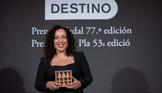 Najat El Hachmi remporte le prix littéraire espagnol Nadal