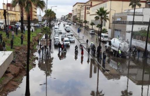 Casablanca: M. Ahmidouch, le wali visite des zones impactées 1
