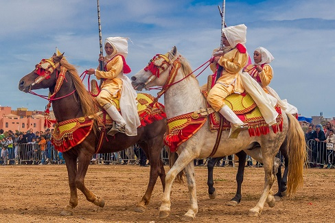 la fantasia tbourida: la renaissance des amazones marocaines