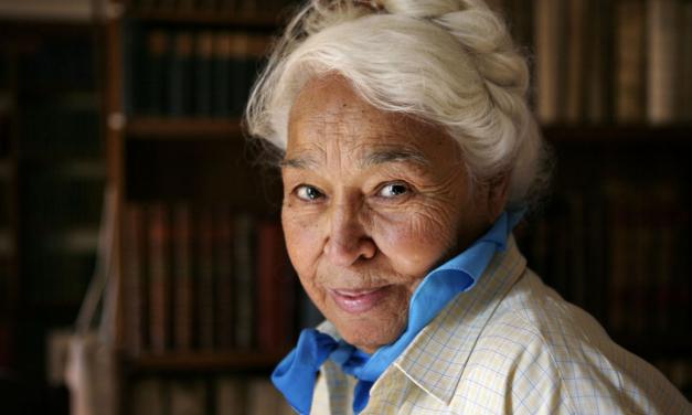Décès de l'écrivaine féministe égyptienne Nawal al-Saadawi