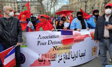 Rassemblement à Paris en solidarité avec les séquestrés des camps de Tindouf en Algérie