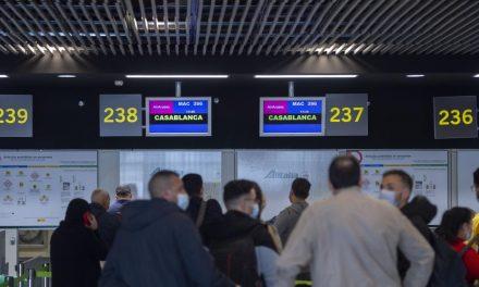 des avions et ferries pour rapatrier des milliers de touristes français et espagnols BLOQUÉS AU MAROC