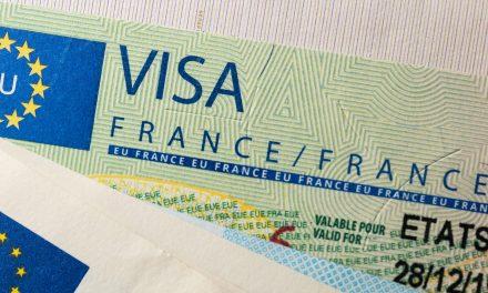La France envisage de restreindre les visas aux MAROCAINS