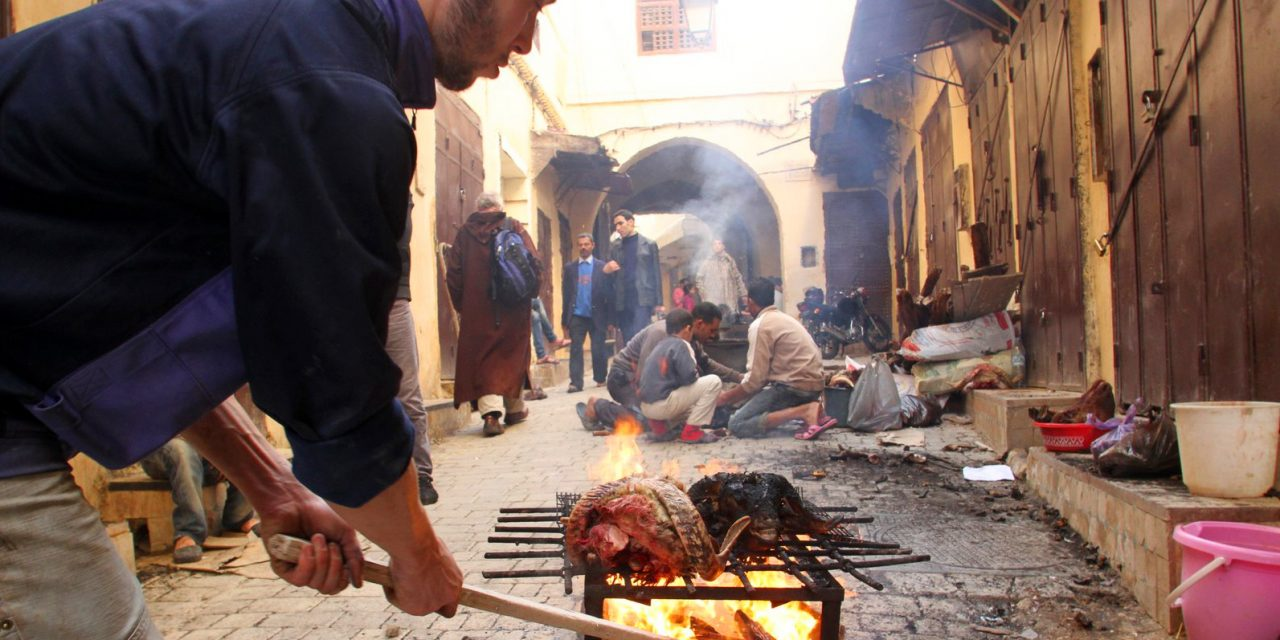 Aïd Al-Adha à Casablanca: Forte demande de charbon après une période de stagnation