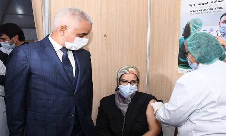 Covid-19 : Le ministre de la Santé incite les citoyens à se faire vacciner