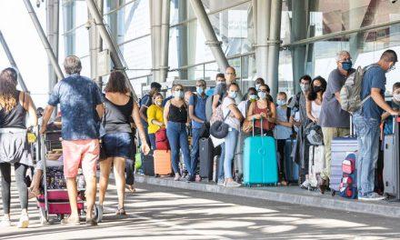 COVID-19 : L'UE lève les restrictions de voyages à nombreux pays tiers