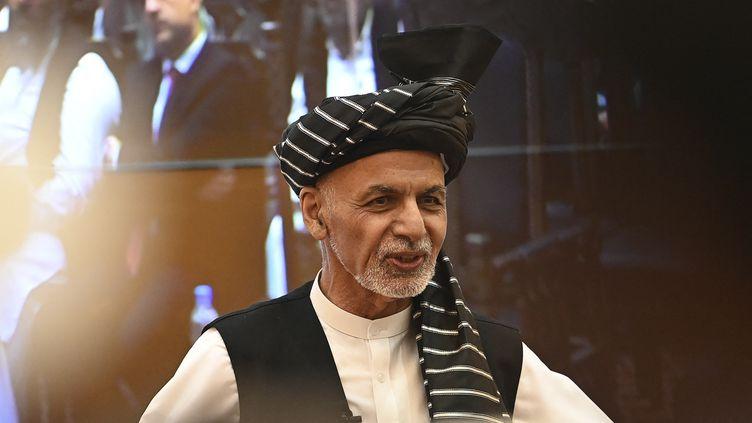 Afghanistan: les talibans à Kaboul, le président en fuite à l'étranger 1