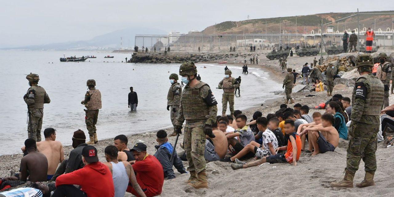 L'Espagne entame le renvoi vers le Maroc de quelque 800 migrants mineurs à Sebta