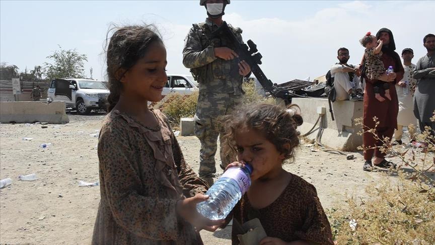 UNICEF :  10 millions d'enfants afghans ont besoin d'assistance