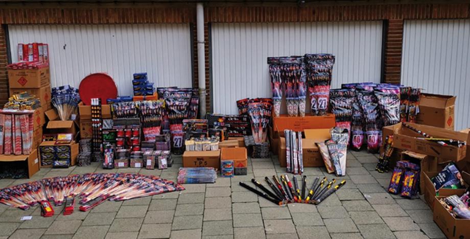 Saisie de 6.200 Kg de pétards et feux d'artifice importés sans déclaration