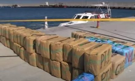 Saisie par la marine royale de près de cinq tonnes de haschich au large de Nador